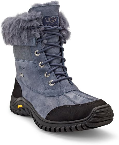 BEARPAW boots and shoes are known for comfort. From boots to slippers, BEARPAW gives you ruggedly comfortable footwear you can wear anywhere.