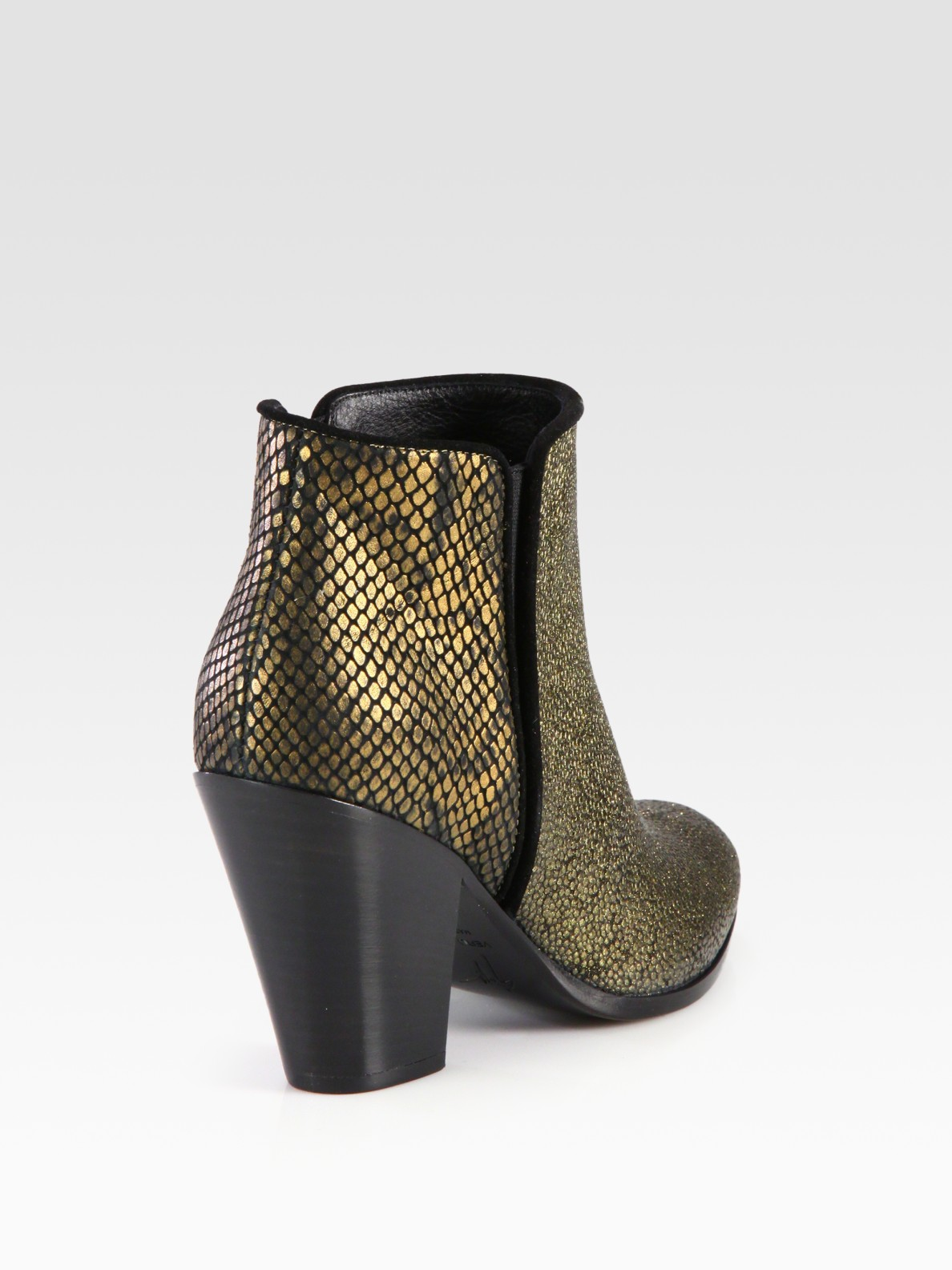 Giuseppe Zanotti Embossed Ankle Boots footlocker online outlet get authentic for sale top quality for nice cheap price NuGkgvfBxB