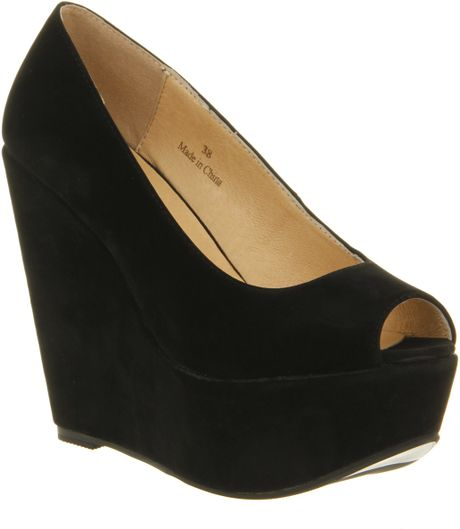 Office Witch Craft Wedge Black Microsuede in Black
