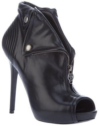 Alexander Mcqueen Archive Zipped Ankle Booties - Lyst