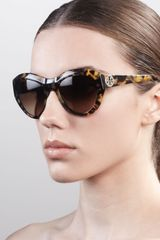 Tory Burch Rounded Cateye Sunglasses - Lyst