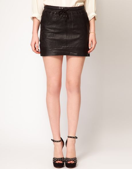 mango leather mini skirt in black lyst
