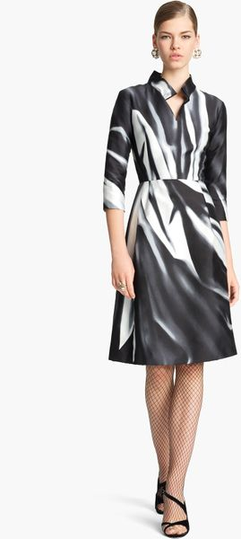 Oscar De La Renta Print Mikado Shirtdress in Black (black/ white)