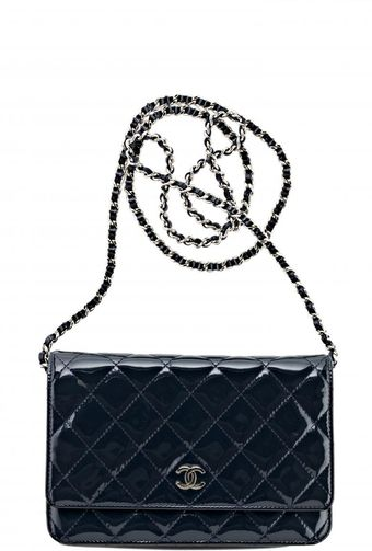 Chanel VintageNavy Quilted Patent Wallet On A Chain - Lyst