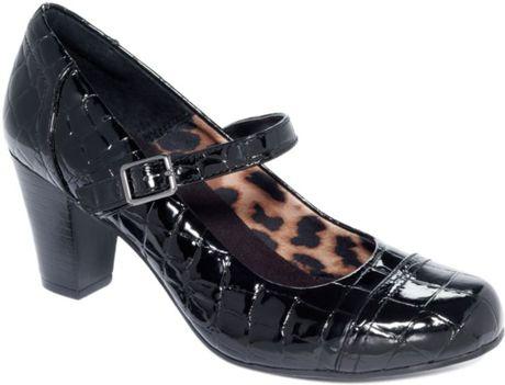 Clarks Sapphire Juno Pumps in Black (sapphire)