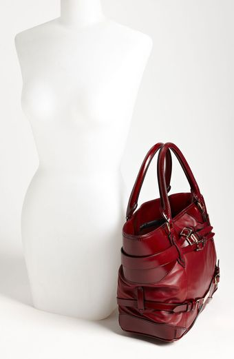 Burberry Leather Shopper - Lyst