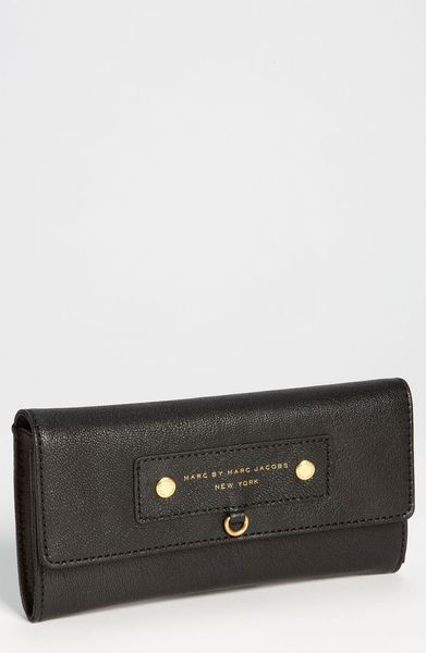 Marc By Marc Jacobs Preppy Leather Continental Wallet in Black - Lyst