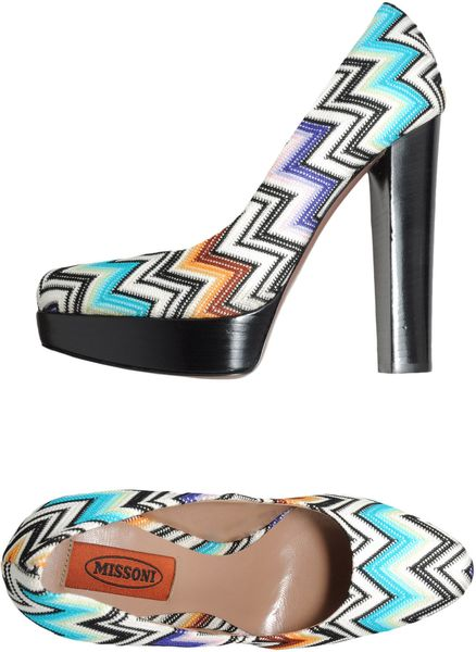 Missoni Platform Pumps in Multicolor (sky)