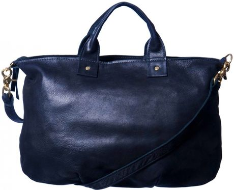 Claire Vivier Messenger Bag in Navy in Blue (navy)