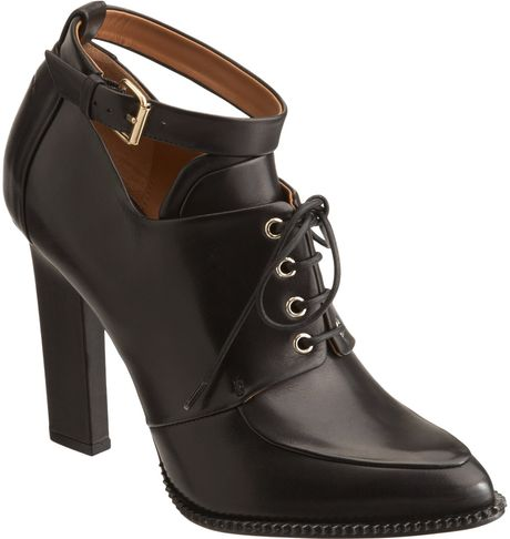Givenchy Laceup Apron Toe Bootie in Black - Lyst