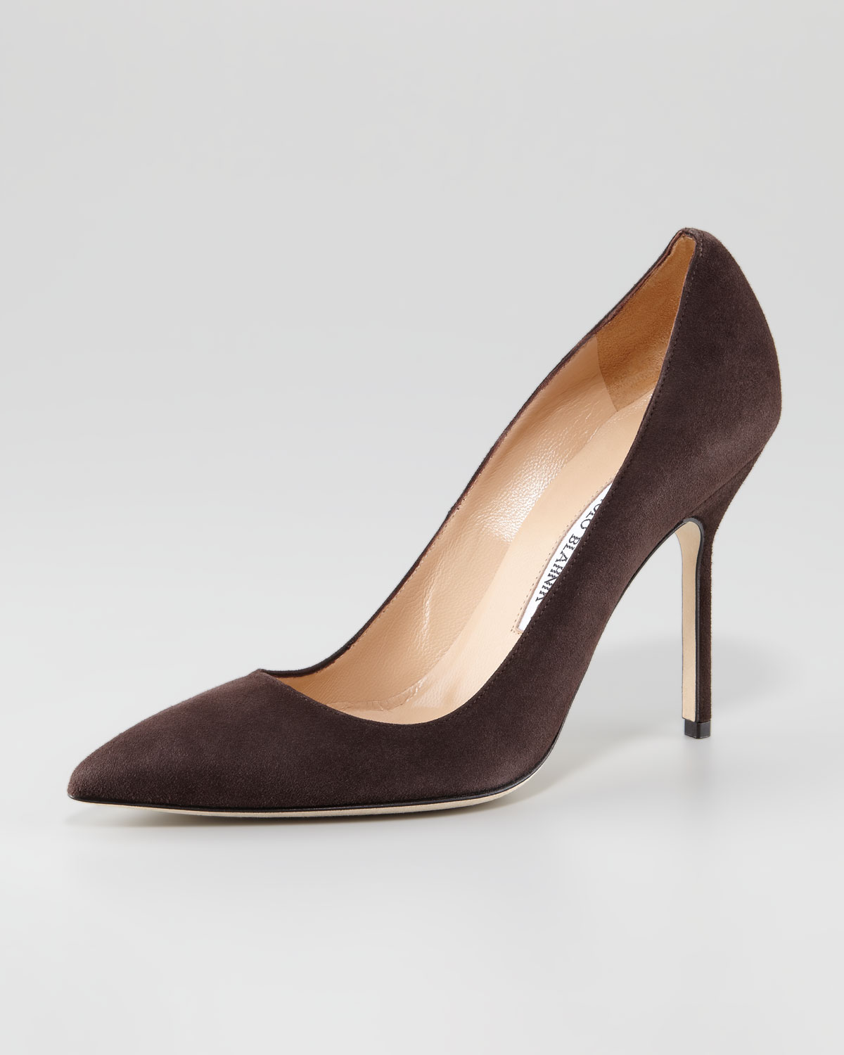 Home Women Pumps & Heels Round Toe Heels Women's Round Toe Pumps and Heels With a large selection of round toe pumps and heels for women, you'll find the perfect pair of shoes .