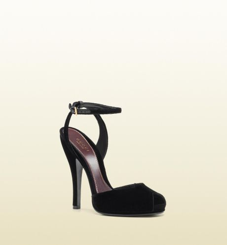 Gucci Rose Opentoe High Heel Velvet Sandal in Black (rose) - Lyst