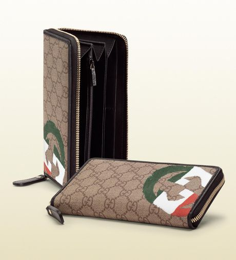 Gucci Italy Gg Flag Collection Zip Around Wallet in Beige - Lyst