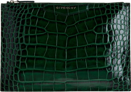 Givenchy Croc Stamped Medium Cosmetic Pouch in Green (gold) - Lyst