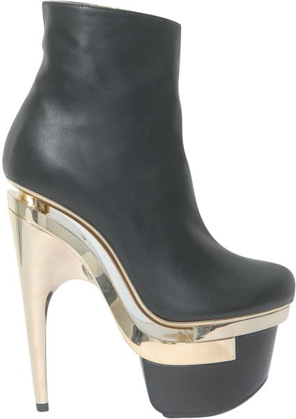Versace Leather Ankle Boot With Plateau in Black - Lyst