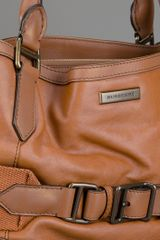 Burberry Brecon Tote Bag in Brown - Lyst