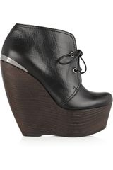 Lanvin Leather Ankle Boots in Black - Lyst