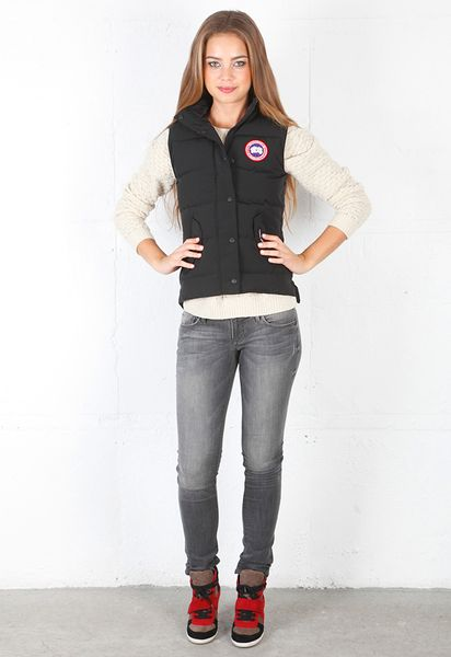 buy canada goose women parka on sale