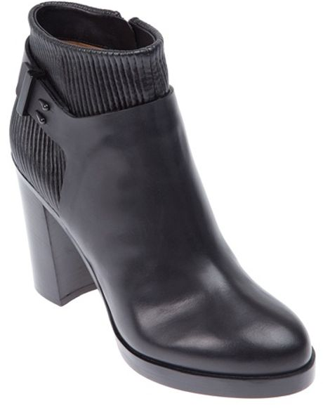 Givenchy Ribbed Ankle Boot in Black - Lyst