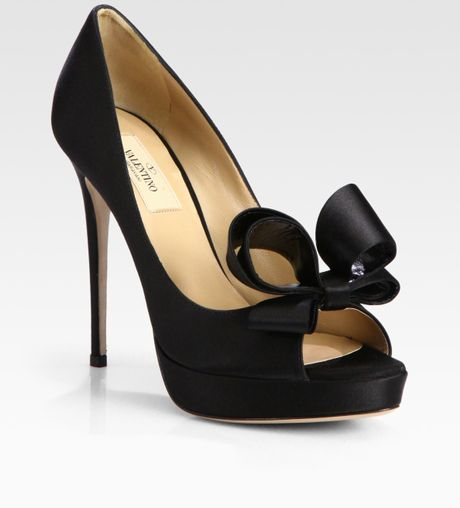 Valentino Satin Couture Bow Pumps in Black