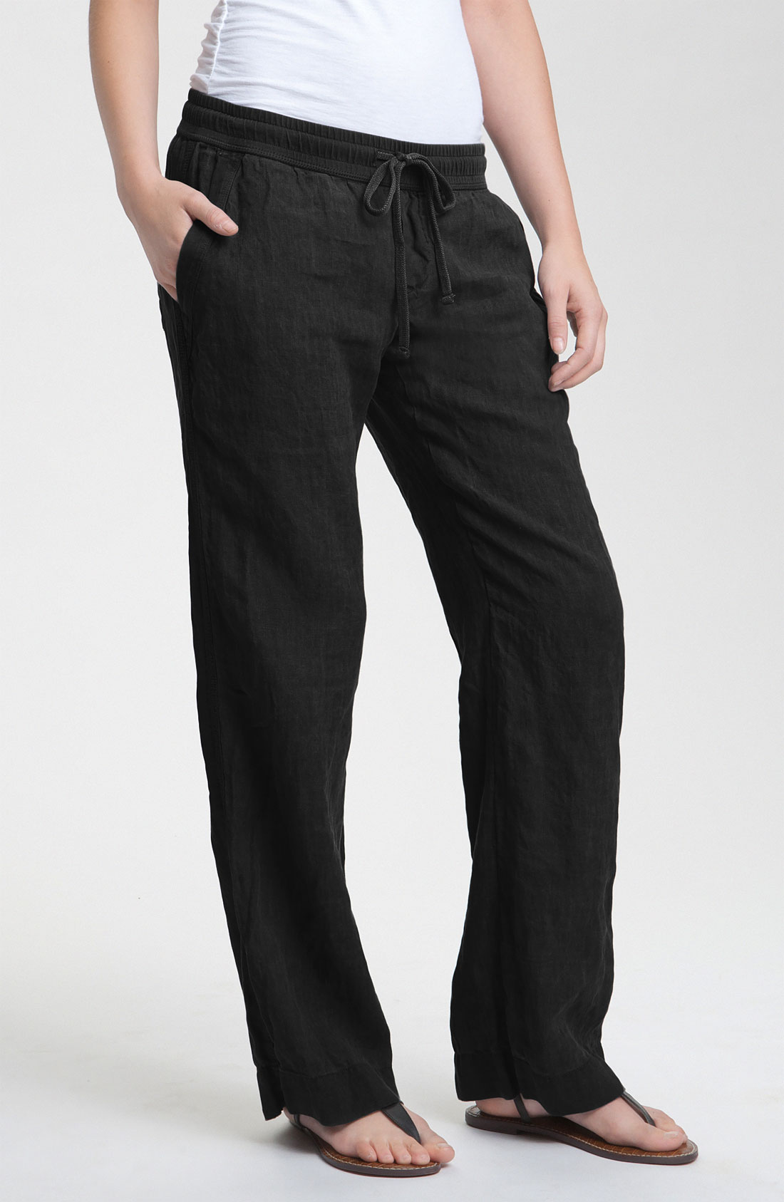 Black linen wide leg pants with pockets. They designed with wide leg cut, elastic band on the back for easy slip-on style and with two pockets in front for convenience in wearing, high waist fit make your legs looks longer. Waist line is pleated in front. They will look gorgeous on summer due to.