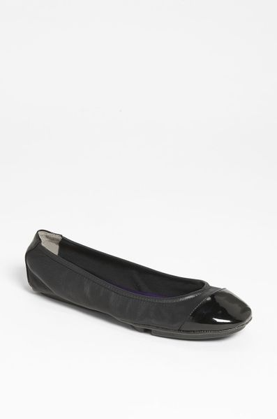 Me Too Metro Flat in Black (black nappa) - Lyst