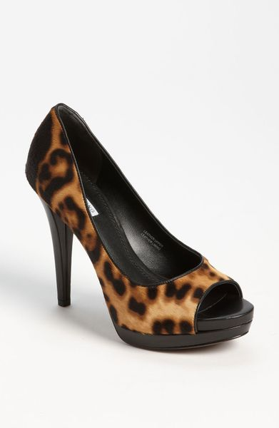 Vera Wang Footwear Selima 2 Pump in Brown (leopard) - Lyst