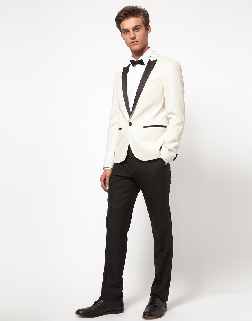 Shop ASOS TALL Slim Tuxedo Suit Jacket In White With Black Contrast Lapel at ASOS. Discover fashion online.