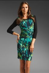 Tracy Reese Printed Jersey Ruched Dress with Contrast - Lyst