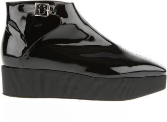 Carven Wedge Boots in Smooth Black Patent Leather - Lyst
