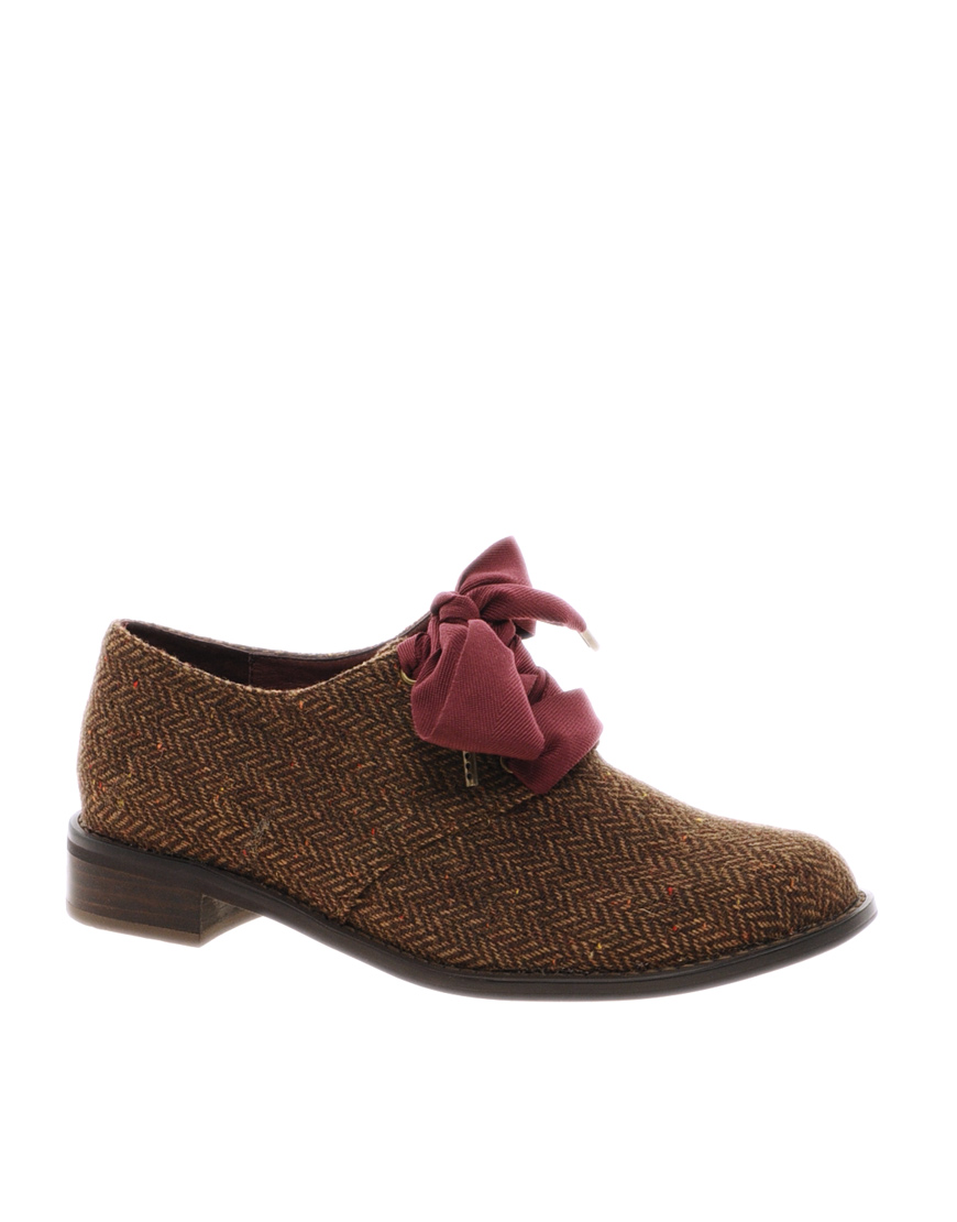 lyst ftroupe flat ribbon lace up shoes in brown