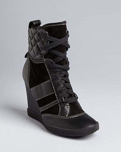 chlo renna high top wedge sneakers in black nero lyst. Black Bedroom Furniture Sets. Home Design Ideas