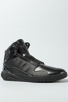 Adidas The Roundhouse Mid 20 Sneaker in Black - Lyst