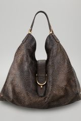 Gucci Soft Stirrup Grainy Leather Shoulder Bag - Lyst