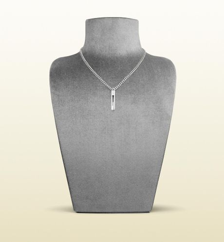 Gucci Necklace with Cut Out G Motif Pendant in Silver - Lyst