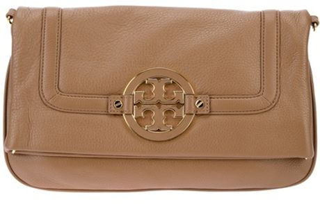 Tory Burch Logo Plaque Clutch in Beige (nude)