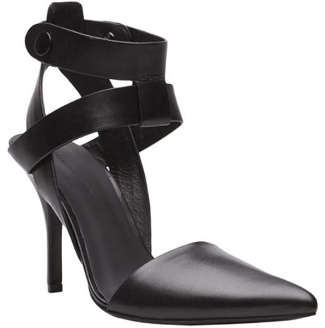 Alexander Wang Sonja Pump in Black - Lyst