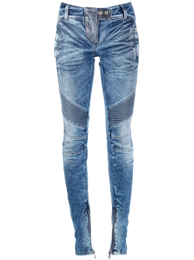 Women's Balmain Jeans Skinny or flared, straight legged, boot cut or boyfriend fit, a well-fitting pair of jeans is an essential piece in any closet. French fashion house Balmain's line of jeans offer more than just denim: in Houndstooth prints, biker styles, strategically distressed and even quilted in pink, the label's selection of jeans.