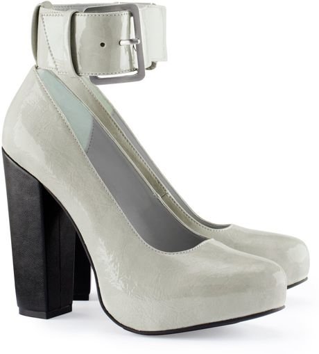 h m shoes in gray lyst