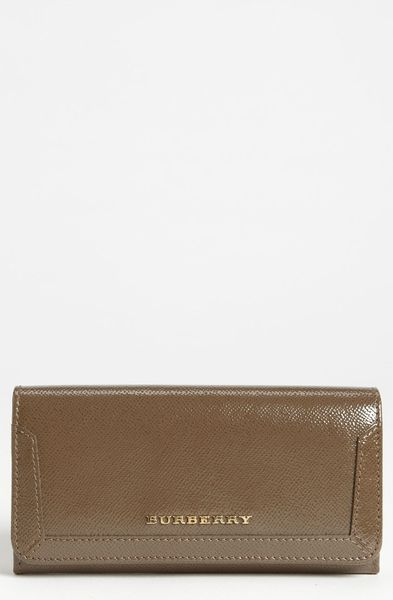 Burberry Prorsum Patent Leather Wallet in Gray (mole grey)