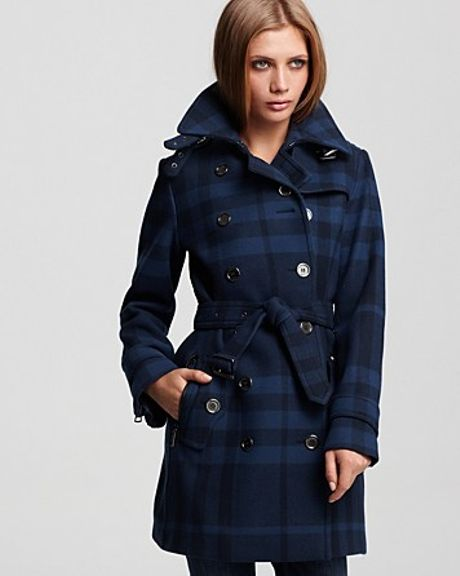 Burberry Brit Double Breasted Belted Check Print Wool Coat in Blue (colonial blue)