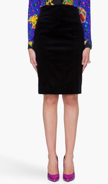 versace black velvet pencil skirt in black lyst