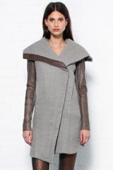 Helmut Lang Grey Leather Sleeve Coat - Lyst