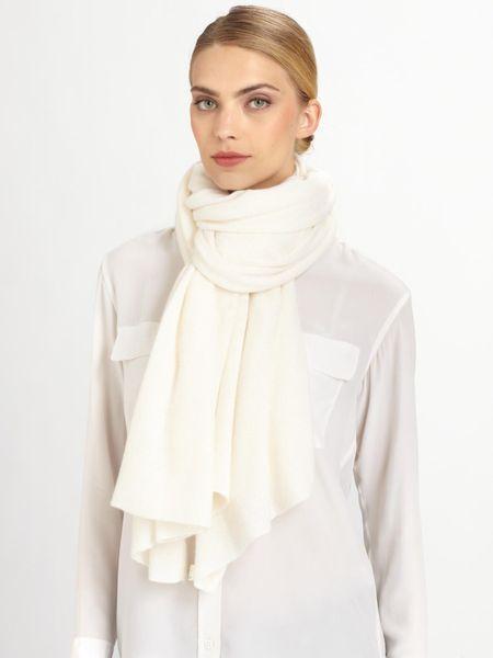 White + Warren Travel Oversize Cashmere Scarf in White | Lyst