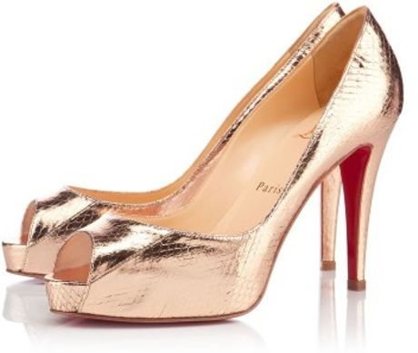 Christian Louboutin Very Prive in Gold - Lyst