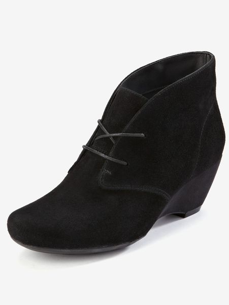 clarks clarks kara capricorn wedge ankle boots in black