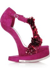 Alexander Mcqueen Enameled Flower Suede Platform Sandals in Red - Lyst
