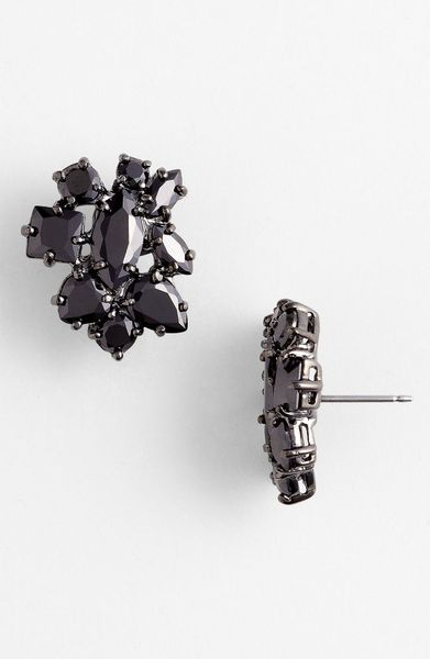 Givenchy Petal Large Stud Earrings in Black (jet/ hematite) - Lyst