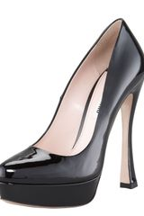 Miu Miu Patent Leather Platform Pump - Lyst