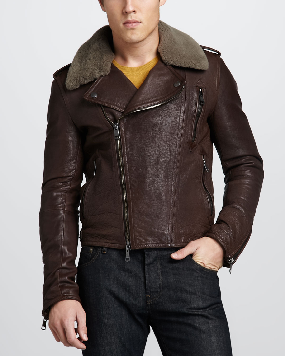 how to clean leather jacket collar